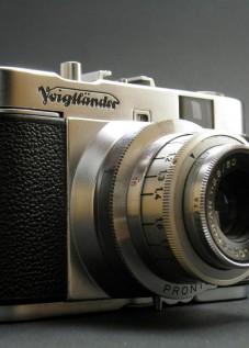 Voigtlander film camera