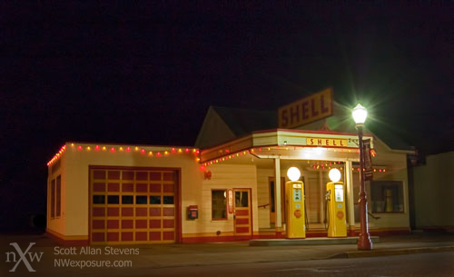Retro Shell Station, Issaquah, Washington