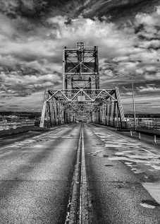Murray Morgan Bridge-bw