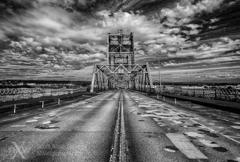 Murray Morgan Bridge-bw