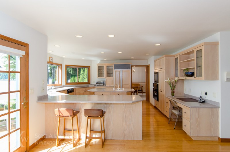 Puget Sound Waterfront Home-kitchen